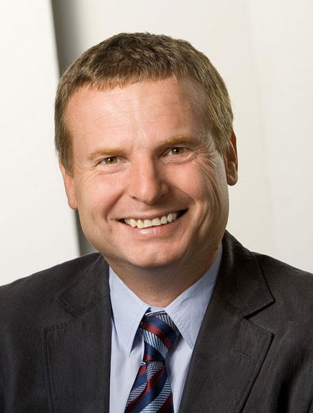 Dr. Stefan Egger